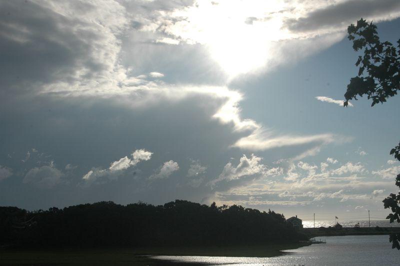 2014-07-05 Skies over Farm Pond